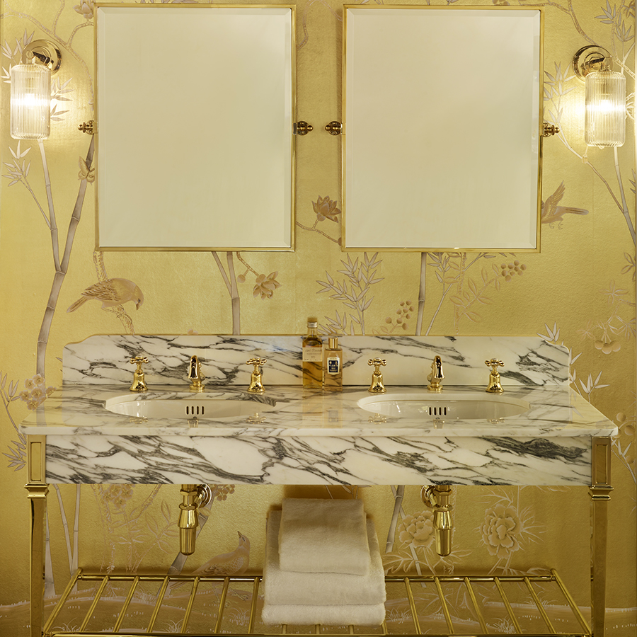 The Double Thames vanity basin in Polished Brass