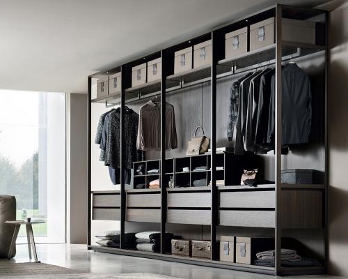 Jesse Pass walk-in-wardrobe