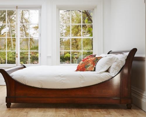 Verona lit bateau bed from Simon Horn