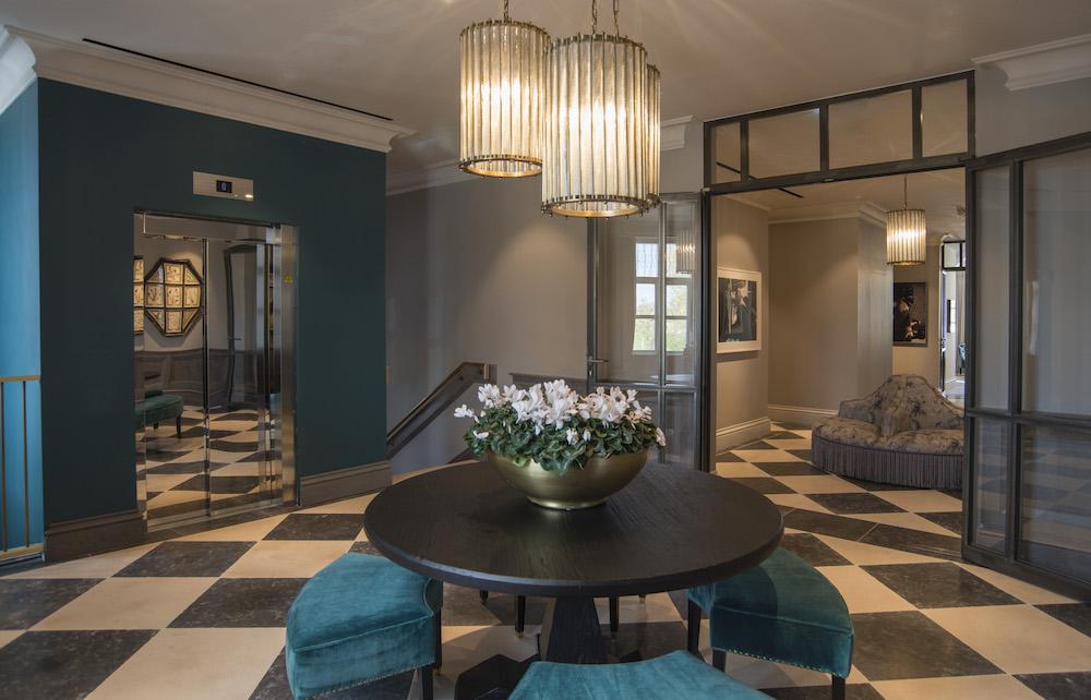 5 CardenCunietti Bicester VIP Lounge_DSC1459fnl