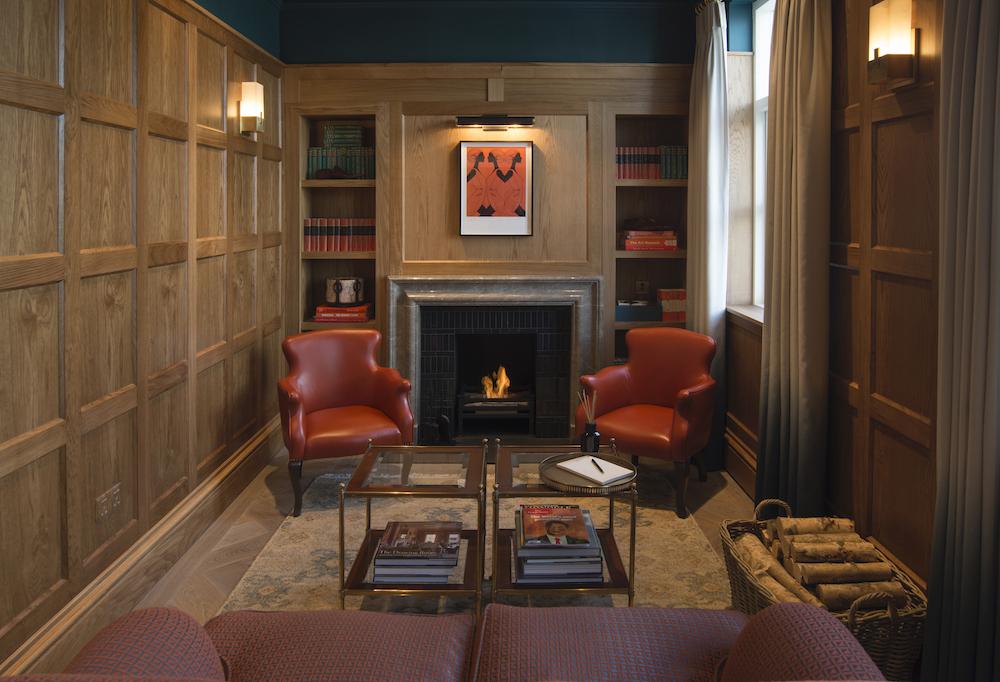 6 CardenCunietti Bicester VIP Lounge_DSC1425fnla